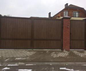 Распашные ворота для гаража, простота, удобство и надежность